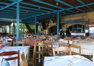 gallery/____impro-1-onewebmedia-beach_bar_blue_bay